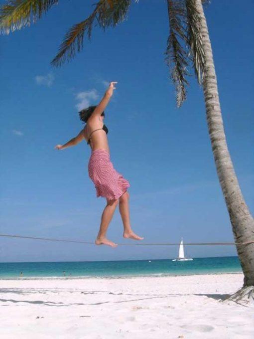 Gibbon-Slackline-Travel-Line-X13-beach-island