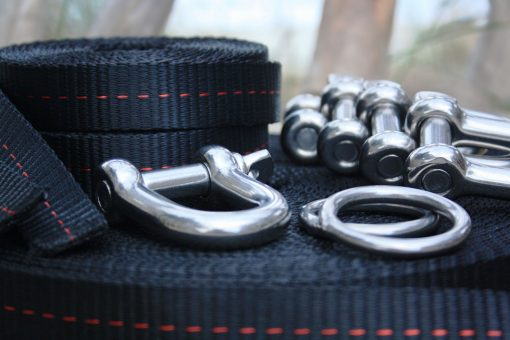 Slackline set shackle line locker primitive pulley system