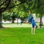 Slacklining-tricks-over-the-falls