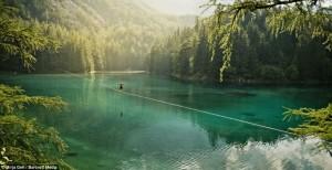 amazing-slackline-spot-location-over-water-line-new-zealandjpg