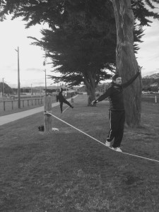 black-n-white-stunning-photo-slackline-park-porirua-new-zealand