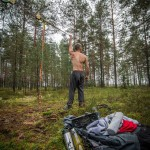jaan-roose-slackline-athlete-set-up-gibbon-longline-new-zealand