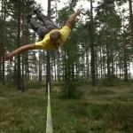 jaan-roose-slackline-tricklining-solo-forest-new-zealand