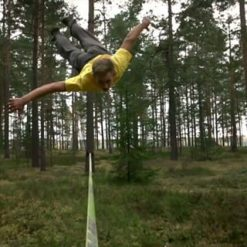 jaan-roose-slackline-tricklining-solo-forest-new-zealand