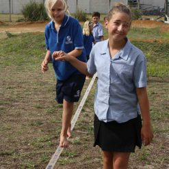 kids-helping-kids-slacklining-papamoa-tauranga-new-zealand