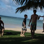 kiwi-tourist-kids-walking-slackline-for-the-first-time