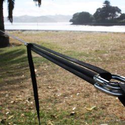 primitive-slackline-set-carabiner