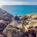 slackline-hammock-ocean-cliff-setup-new-zealand