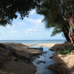 slacklineing-over-little-rivermouth-beach
