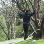 slacklining-botanic-garden-labour-day-new-zealand